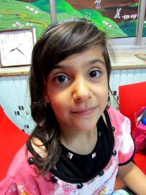 روژان ميرزايي . ۶ ساله . سال ۹۲
