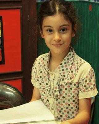 نرگس عزيززاده . ۶ ساله . سال ۹۳