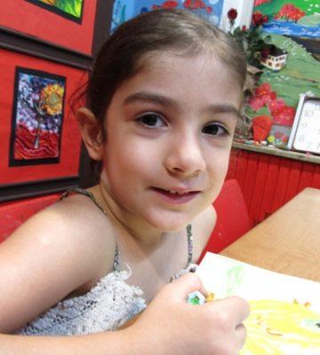 یسنا رمضانیان . ۵ ساله . سال ۹۴