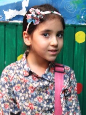 پارمیدا امامی . ۸ ساله . سال ۹۴